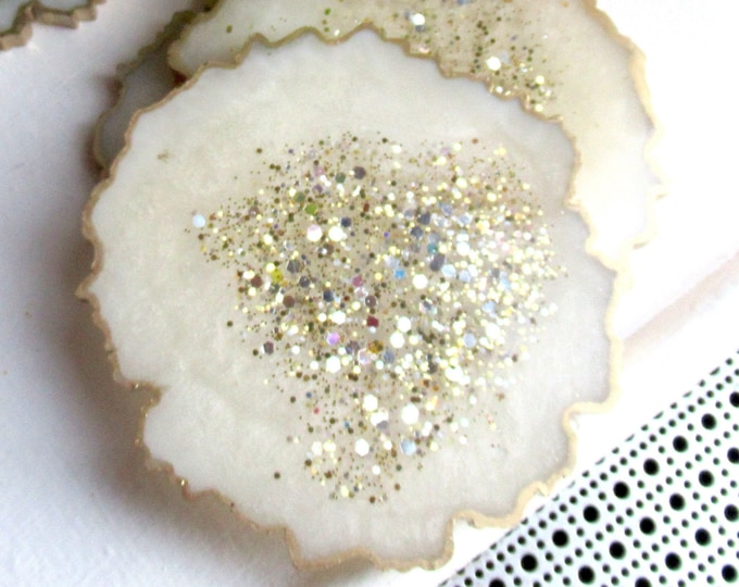 Geode Shaped Resin Coaster | Coaster Set | Neutral Decor | Gold Leaf Coaster | Unique Gift for Mom's Birthday