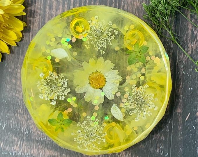 Yellow Floral Resin Storage Box | Yellow Resin Box | Jewelry Storage | Yellow Trinket Dish | Floral Resin Dish | Yellow Room Decor