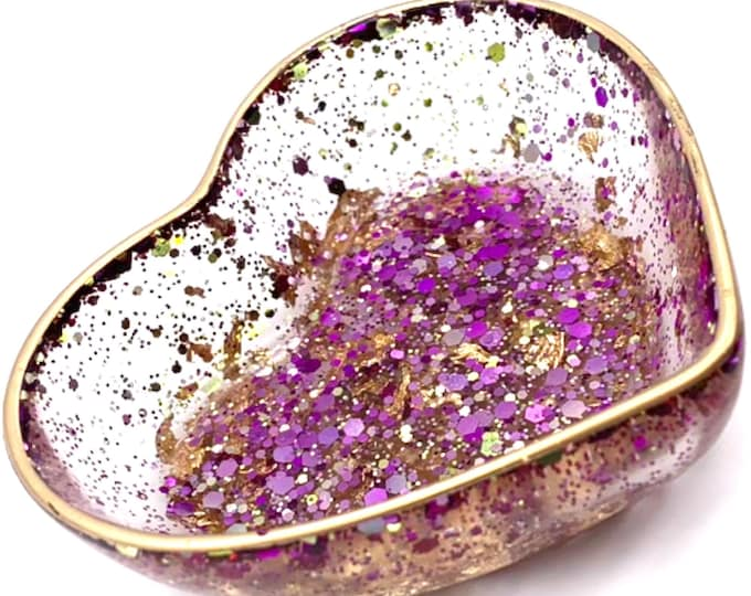 Trinket Dish | Purple Shaped Resin Storage Box | Iridescent Resin Box | Jewelry Storage | Lilac Trinket Box | Green Resin Dish | Heart Decor