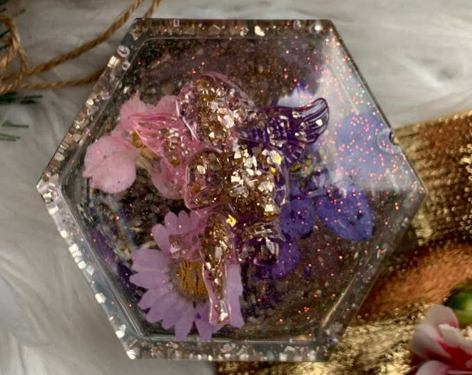 Resin Botanical Jewelry Box | Jewelry Dish | Jewelry Storage | Cottagecore | Resin Jewelry Box| Dresser Decor | Trinket Dish Lid