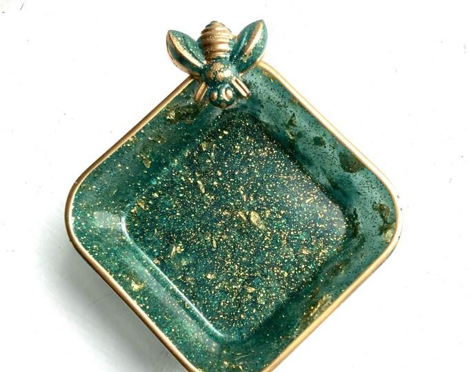 Trinket Dish   Heart Shaped Resin Storage Box   Jade Green Resin Box   Jewelry Storage   Bee Charm Trinket Box   Jade Green Resin Dish  