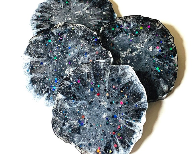 Black and White Glitter Resin Drink Coasters | Wedding Gift Coasters | Black and White Coasters | Glitter Bar Coasters