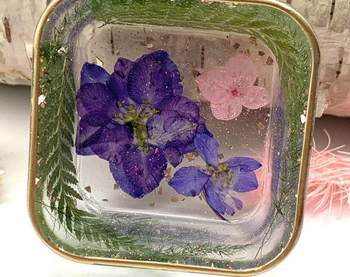 Trinket Dish | Square Shaped Resin Storage Box | Cottagecore  Resin Box | Jewelry Storage |  Botanical Trinket Box | Dried Flower Dish |