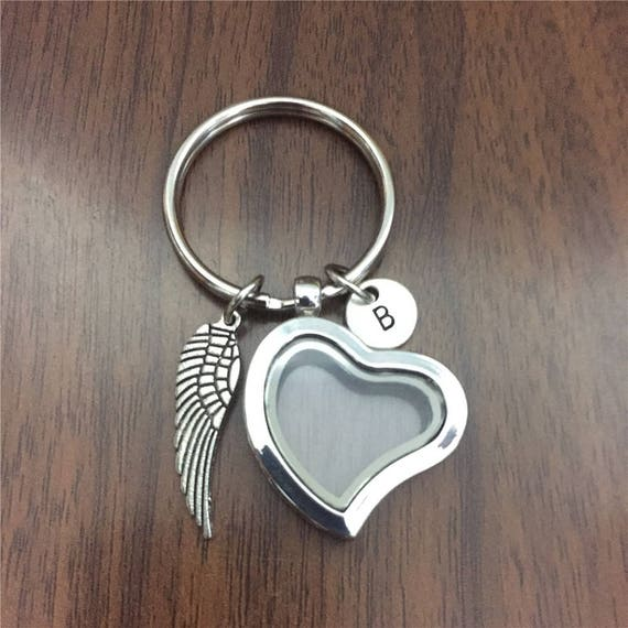 Pet memorial gift God Bless You Glass Heart Locket Fur Photos Pet Keepsake Pet loss Keychains Memory Lock of Hair Keychains With Initial