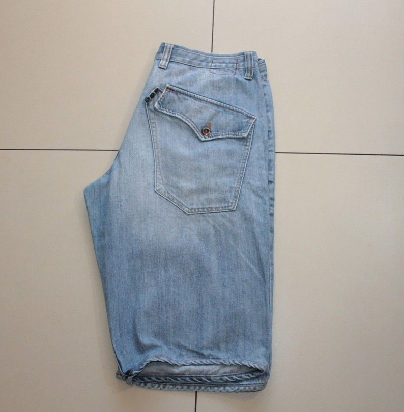 san francisco 53e15 ba70b Vintage Blue Denim JACK & JONES Button knee Length Distressed Faded Shorts  Size XL, L 16