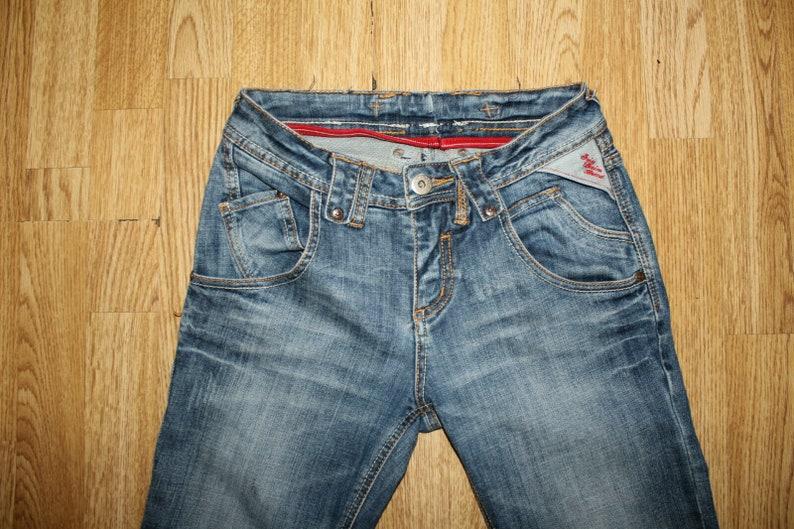 Vintage  Women/'s Blue Denim SWESS DENIM BRAND Zip Faded Slim Skinny Jeans W 28 L 31