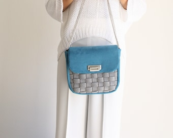 women's day bag in woven felt-like fabric, vegan shoulder bag for the evening, blue suede bag, summer bag