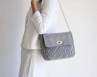 women's day bag in woven felt-like fabric, vegan shoulder bag for the evening, medium bag for gray occasions