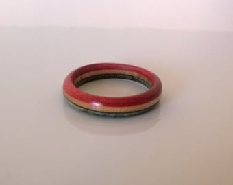 Rings made from recycled skateboards (slim)
