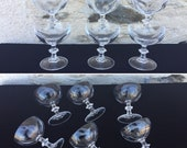 Beautiful service of 6 vintage crystal champagne glasses