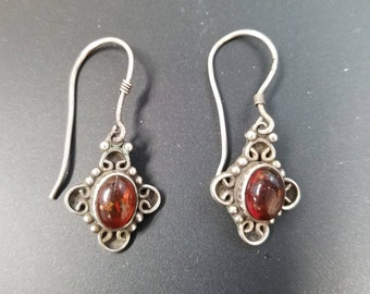 Vintage Amber Earrings, Honey Amber Earrings, Amber Sterling Silver Dangle Earrings, Free Shipping, TheVintageHutchShop