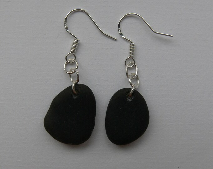 Black/Dark Green Cornish Drop Earrings