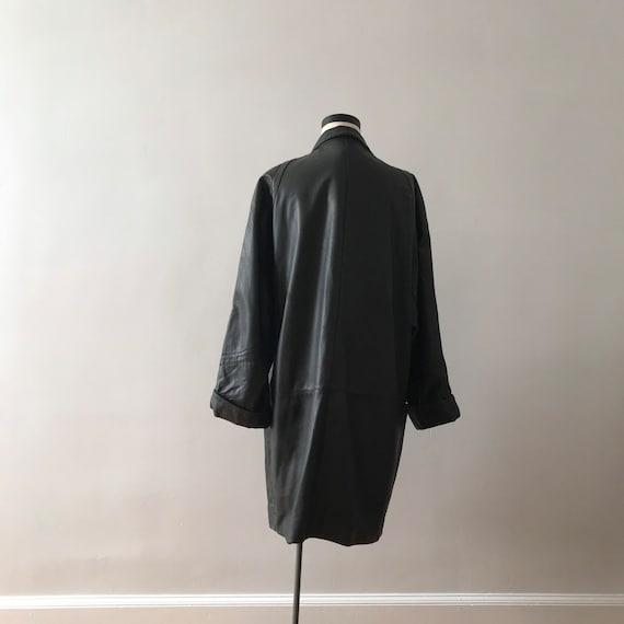 Dolman sleeve oversized leather jacket - image 5
