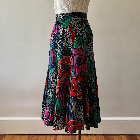 Dark floral print rayon tulip skirt - image 5