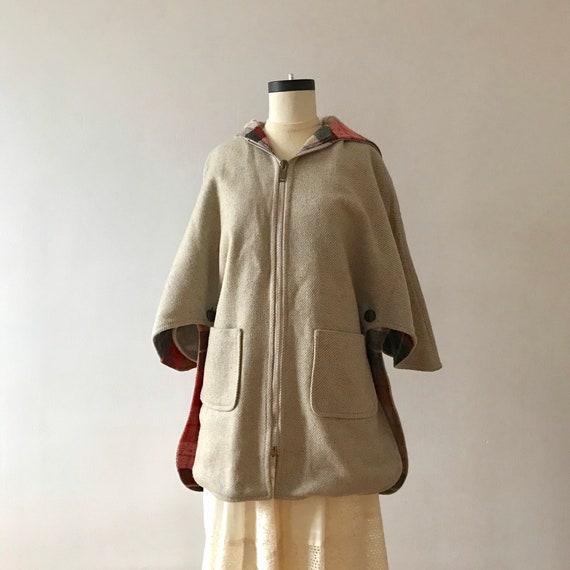 Tweed and plaid wool hooded cloak - image 4