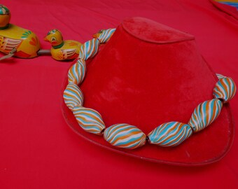 Necklace with striped beads