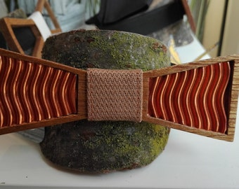 Wooden bow tie with copper insert
