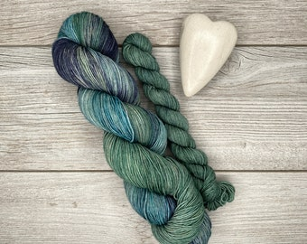 SOCK SET - Excalibur Hand Dyed Yarn - Hand Painted - Variegated Yarn - Teal and Blue Ocean