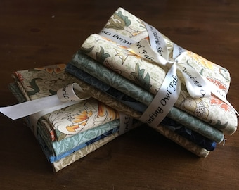 William Morris 4 fat 1/4 bundle