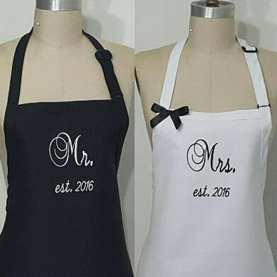 Couple Personalized Aprons Wedding Gift Idea Hostess Gift Idea New Mr And Mrs Aprons Gift Black And White Aprons Elegant Aprons