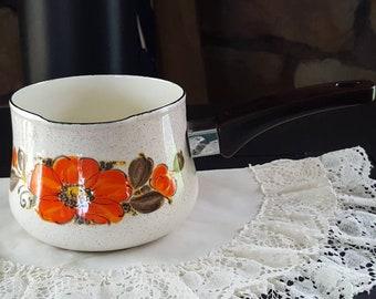 Sanko Ware, Vintage Pot, Vintage Kitchen, Poppys, Show Pans, Glazed Metal Pot, Sauce Pan, Japan, Enamel Pot, Vintage Pots and Pans