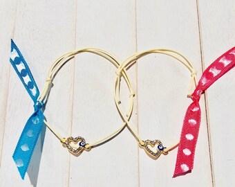 Witness bracelet in neutral  wax cord with gold heart evil eye
