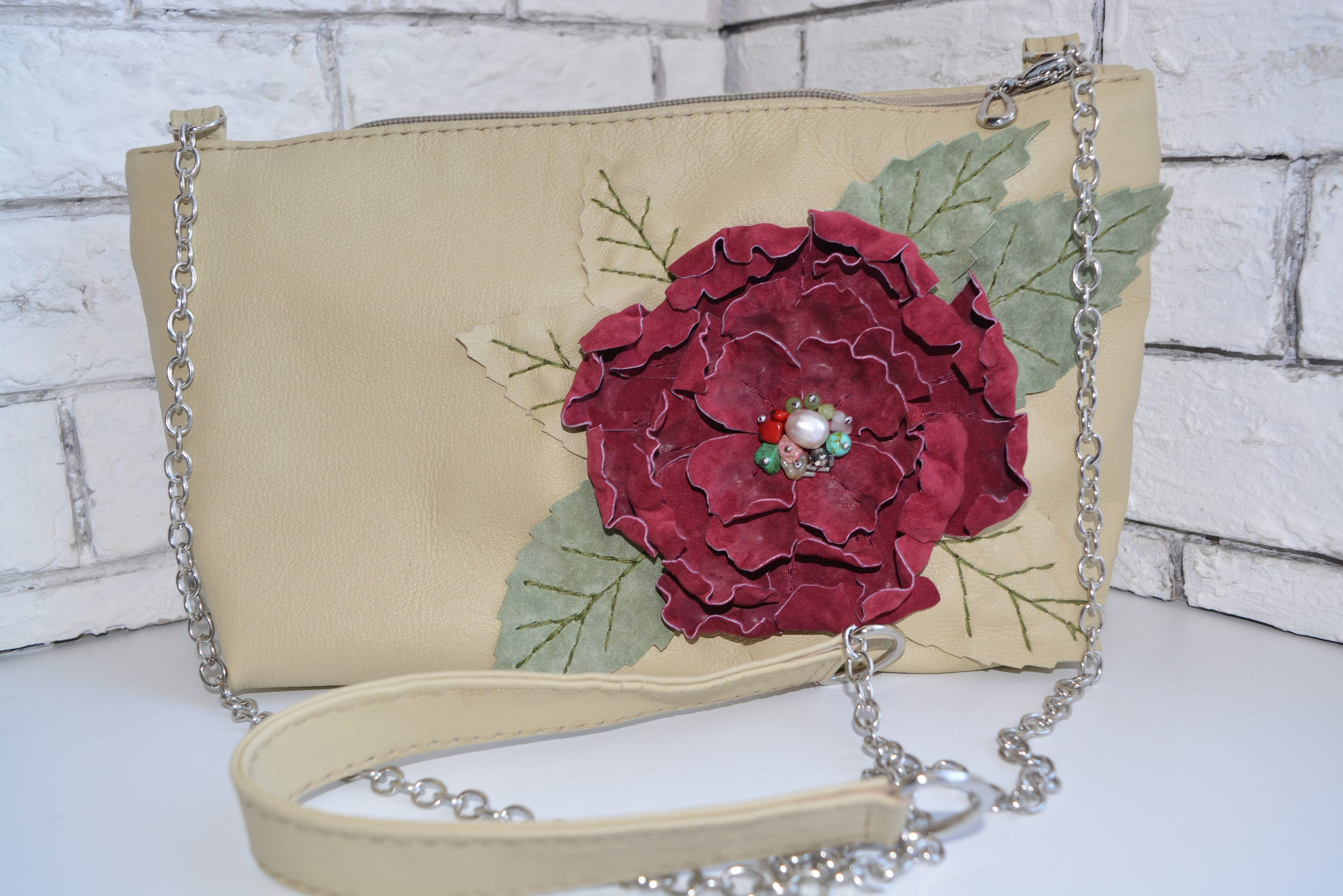 13104ff3d619 Light bag made of genuine leather with flower art.1-422.Bag
