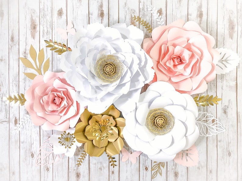 Large Paper Flower Arrangement White And Gold Floral Etsy