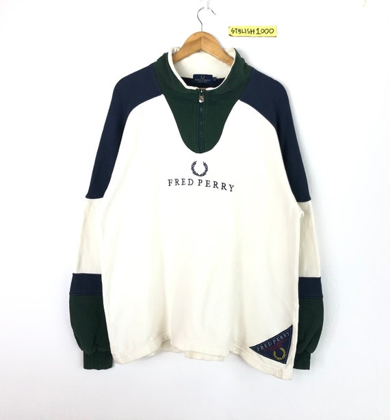 Rare!!Vintage Fred Perry Sweatshirt Small Embroide