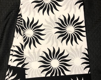 BW61  6yard Black white floral African Fabric/Print/ ankara/ ethnic cloth/ traditional cloth/ home decor pillow/ Doll cloth/ Sewing