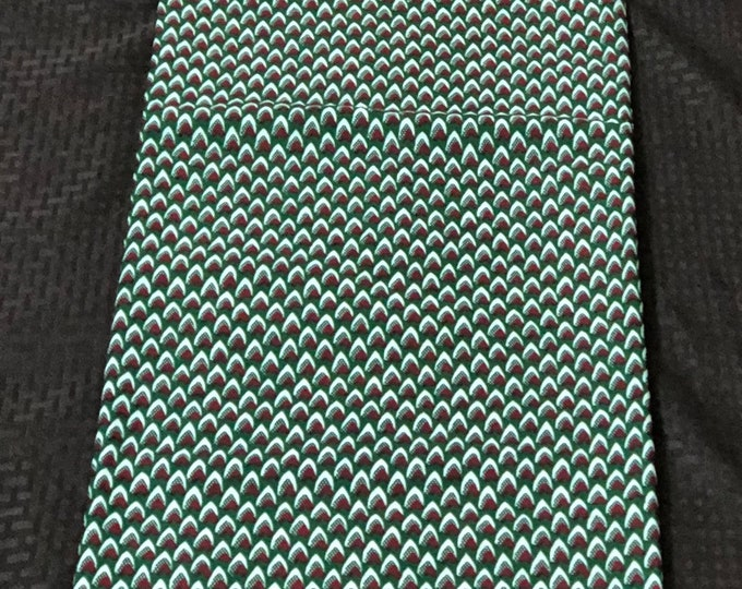 6 yards Green red white fish scale / honeycomb Design African Fabric/ Ankara/ African Wax print/ Material/ cloth/ ntoma