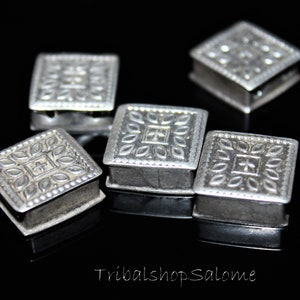 Set of 4 pieces 11 x 11 mm Old  square afghan silver beads with two holes 0,43 x 0,43