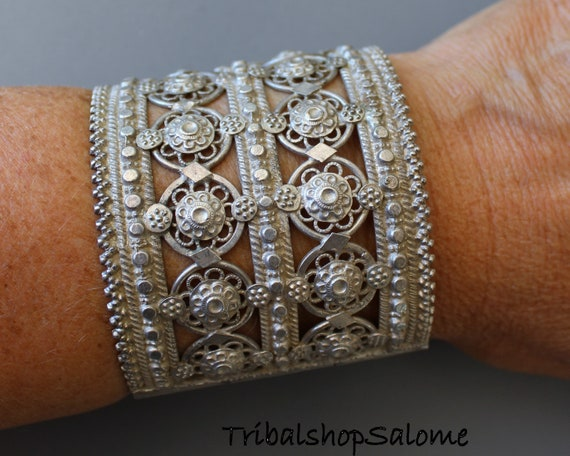 Old Filigree Balochi Silver Tribal Bracelet with Hinge and Pink and Green Jewels 79 g Sterling Silver Ethnic Tribal Jewelry