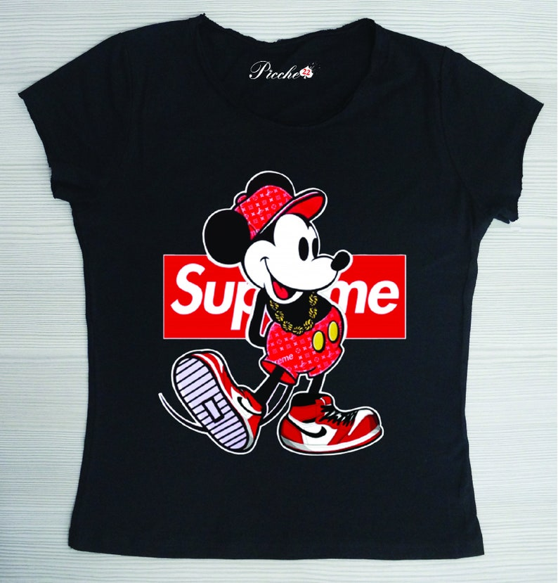 Women s T-Shirt white or black model  Supreme  d22841203
