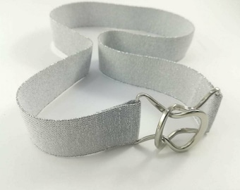 Elastic waist belt with silver metal buckle Woman waist belt White belt with silver shimmer Woman belt Modern belt Vintage look Elegant belt
