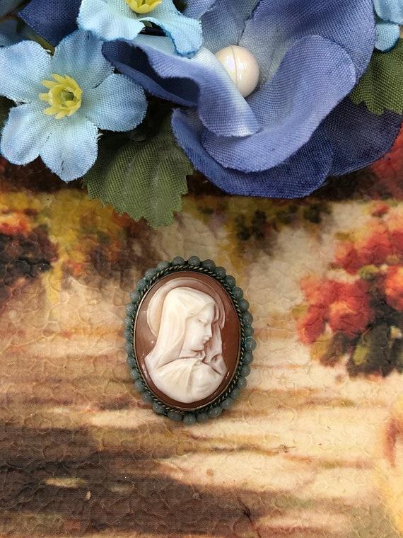 Antique madonna cameo brooch
