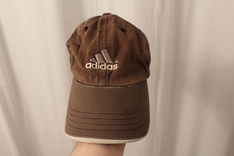 04065e500ba Vintage 80s   90s Adidas Strapback   Dad Hat OS
