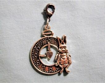 Alice In Wonderland / White Rabbit & Clock   Zipper Pull/Purse Charm/Key Ring/Dust Plug  Z118