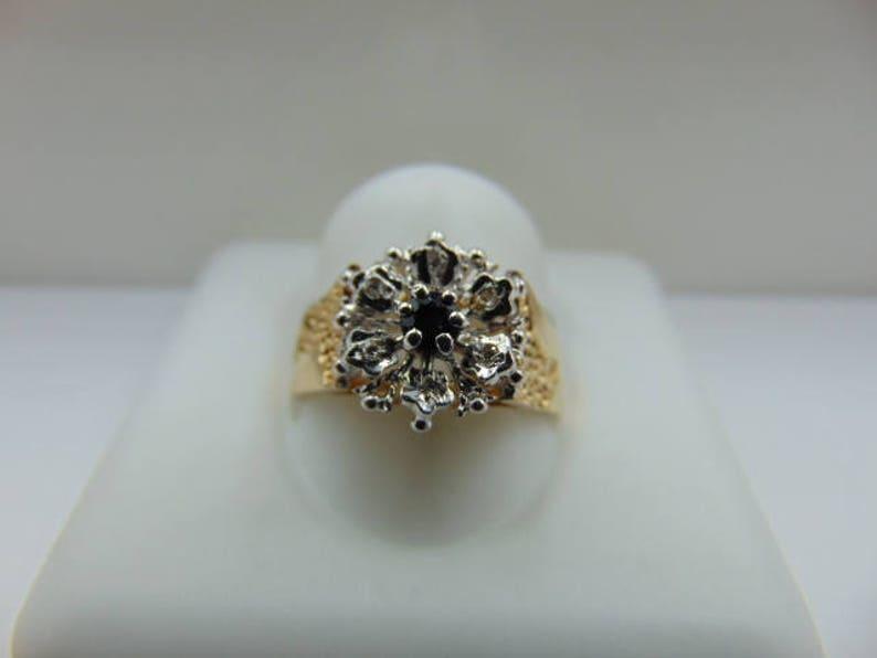 Vintage sapphire diamond cluster 9ct ring