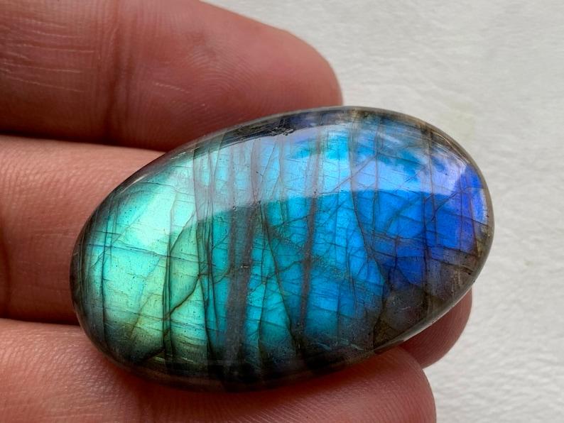 Blue Labradorite Gemstone Cabochon,Multi Blue Labradorite Gemston,Blue Flashy Labradorite Cabochon Oval Shape 38x25x6 mm 59 Crt