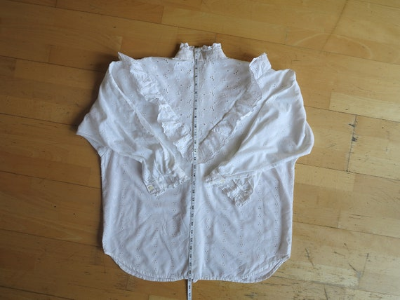 Vintage white Austrian Blouse,  white blouse, folk