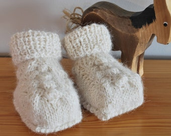 Knitted Baby Booties, Newborn Baby Shoes, Baby Shower, Handmade Baby gift