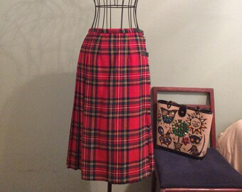 Vintage 1970s Brendella Red Plaid Pleated Kilt
