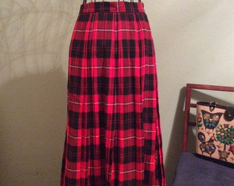 Vintage 1950s Red Pleated Plaid Skirt