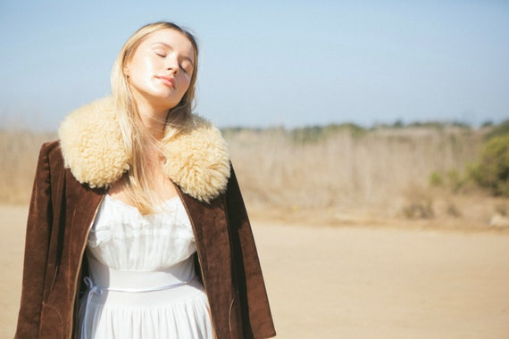 Vintage Suede with fur collar 70's Penny Lane Coat - image 2