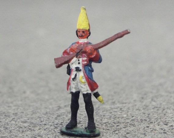 Tiny Miniature soldier Figurine