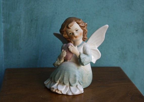 Sitting Cherub Figurine