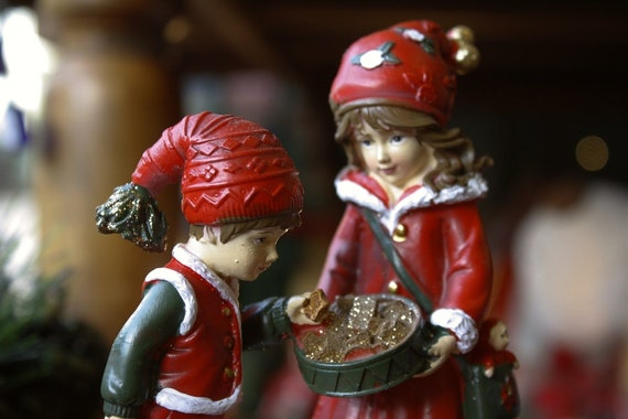 Cute Little Boy And Girl Figurine