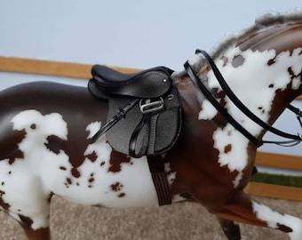 Model horse tack General Purpose English Saddle - tack only