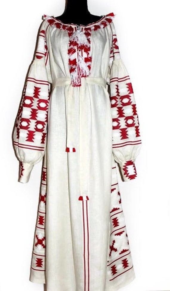 Off white boho dress Embroidered plus size linen maxi Vyshyvanka with  pockets and Ukrainian embroidery Bohemian beach wedding guest dresses